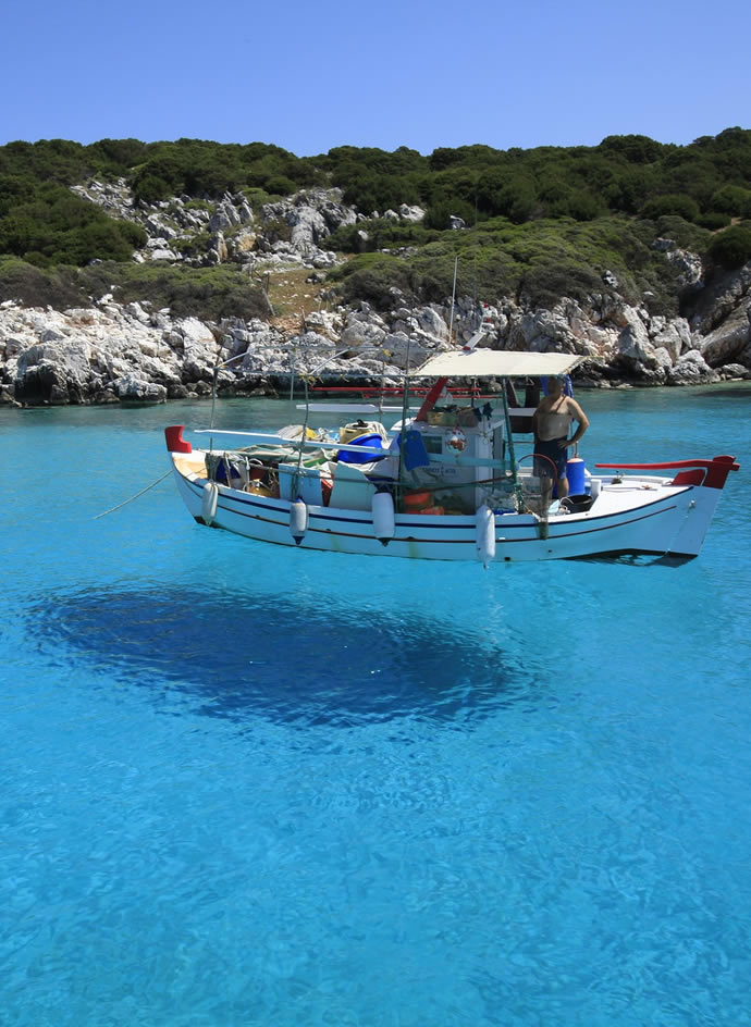 Greek Island hopping tours and vacation packages